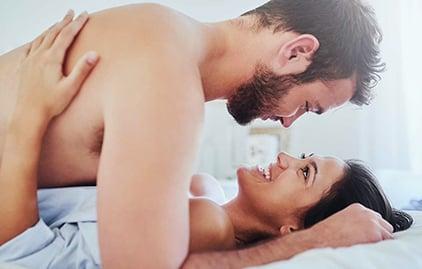Frau und Mann haben eine Affaere